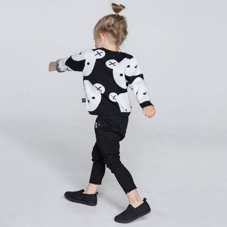 1-5Y-Kids-Cotton-Knitted-Black-White-Bear-Sweater-Pullovers-Baby-Girls-Boys-Clothes-Children-Cartoon-Tops-Outerwear-2