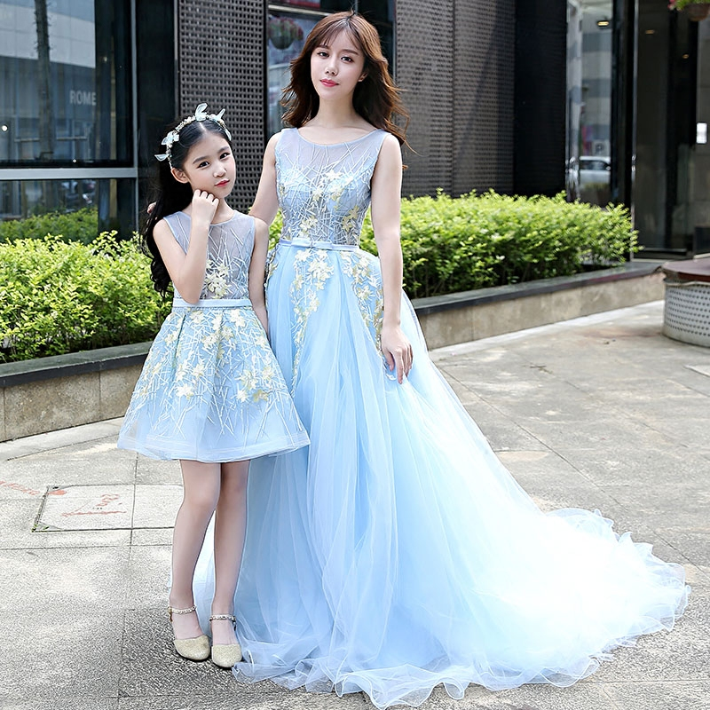 Mama Mother and Daughter Dress Clothes Family Matching Mom Girls Princess Wedding Dress Mummy Baby Clothes Maxi Bridesmaid Dress Платье