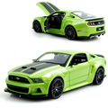 Mustang boss 302 verde 1:24 modelo de aleación de metal racing vehículo play modelos sport cars toys para el regalo de colección