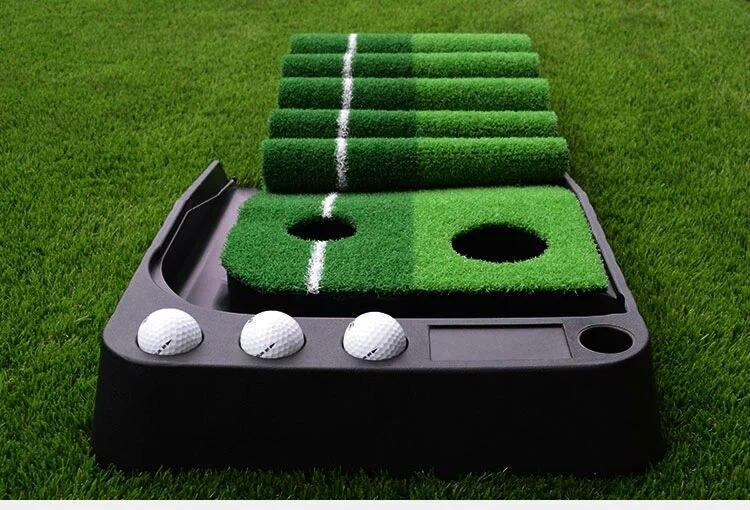 Golf Putting Mat, Mini Golf Putting Allenatore Palla Automatico Ritorno Coperta Tappeto Erboso Artificiale