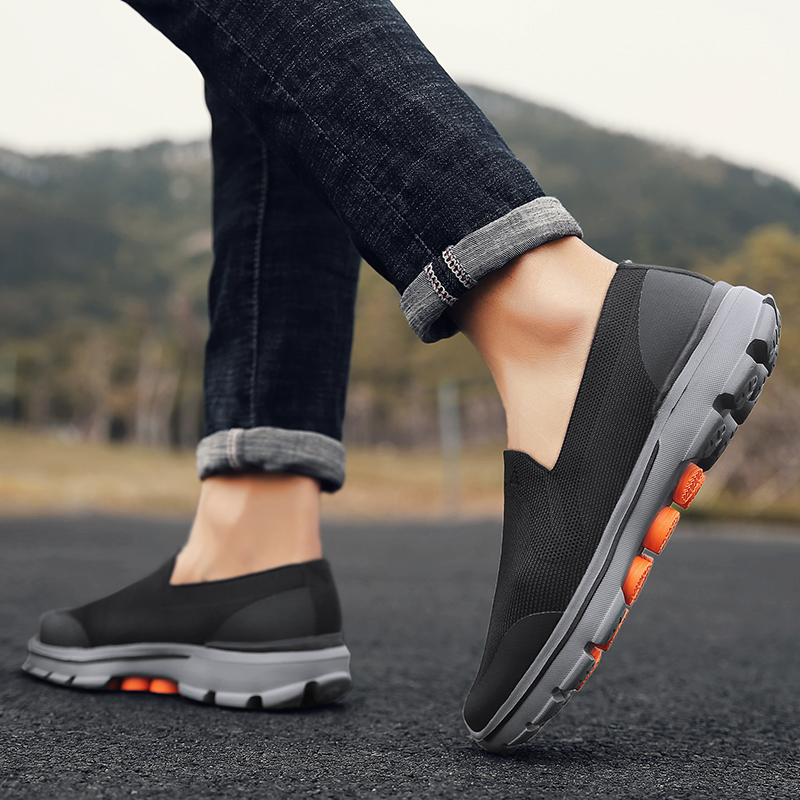 ROEGRE Men Fly-knitted Shoes for Man Mesh Sneaker Size 39-45 Male Fashion massage Shoes Designer Causal Shoes Men Summer Shoes