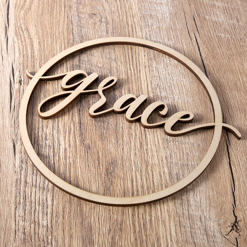 Personalized Circle Name Sign, Wooden Custom Wedding Wood Couples Sign decoration,