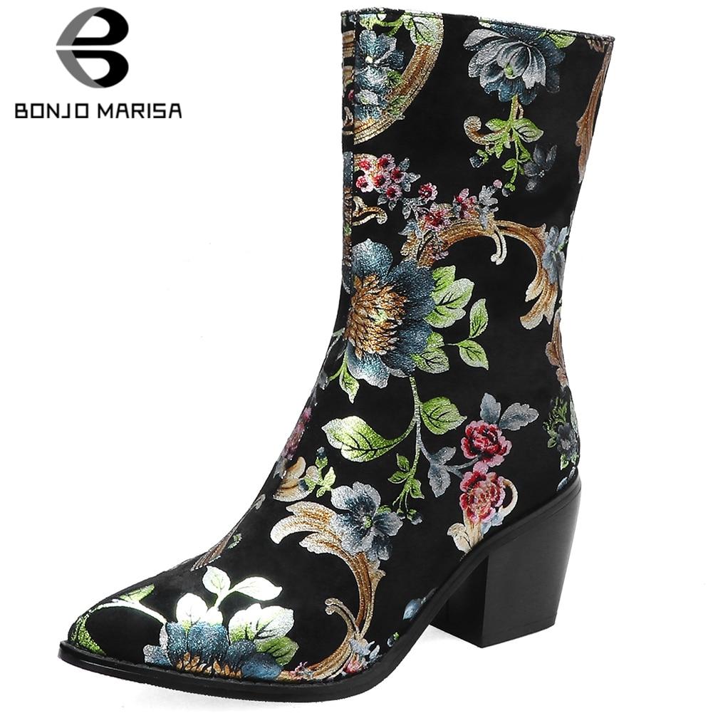 BONJOMARISA Pointed Toe buty kobieta w stylu Vintage etniczne kwiat drukuje kwadratowe wysokie obcasy botki damskie buty kobieta rozmiar 34 44 w Buty do kostki od Buty na  Grupa 1