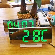 Dijital alarmlı saat saat LED ayna saat çok fonksiyonlu dijital alarmlı saat saat ekran zaman komodin masaüstü Despertador