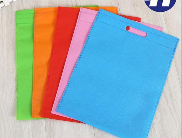 1000 pieces New Wholesales reusable bags non woven /shopping bags/ cheap promotional bags accept custom LOGO