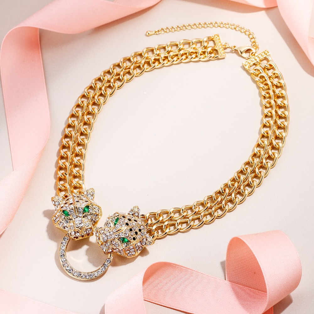 Tuliper подвеск ожерелье Necklace Choker Panther Leopard Animal Crystal Statement Necklace For Women Party Jewelry Gift collares-in Choker Necklaces from Jewelry & Accessories
