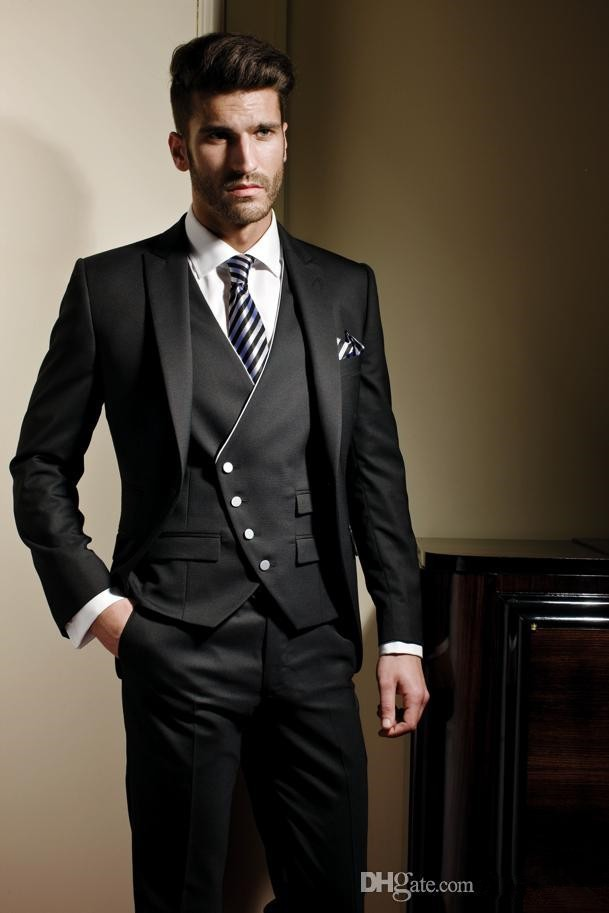 2015 Free shipping Beautiful Light Grey Black Suits Groom Tuxedos