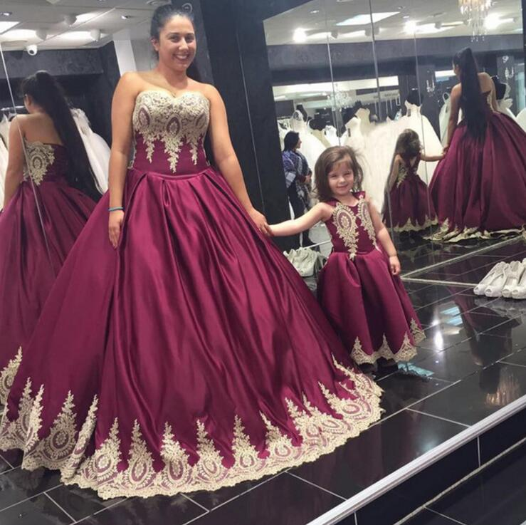 b9be74c4b Wine Red Ball Gown Mother And Daughter Dresses 2017 Appliques Kids Prom  Dresses Sweetheart Sexy Party Dresses Evening Gown M2657