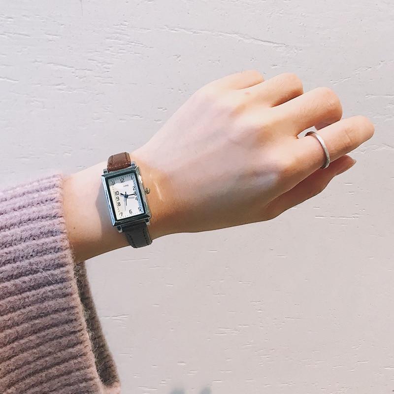Vintage Leather Retro Women Watches Elegant Rectangle Design Ladies Quartz Wristwatches Small Female Clock Women's Fashion Watch