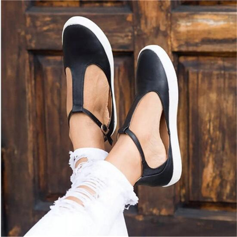 2019 New Women Shoes Vintage Solid Loafers Shoes Round Toe Platform Flat Buckle Strap Casual Shoes Female Single Shoes2019 New Women Shoes Vintage Solid Loafers Shoes Round Toe Platform Flat Buckle Strap Casual Shoes Female Single Shoes