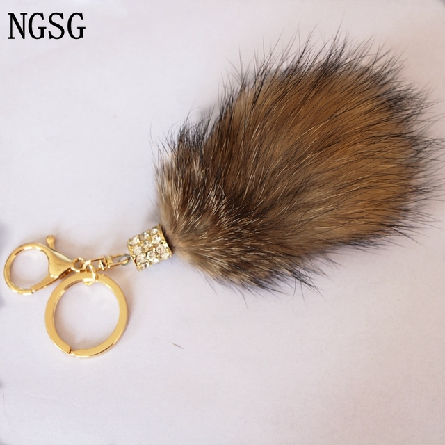 bafa0aa65c wholesale Mini real fur keychain raccoon tail key chains Fur Tassel Car Key  ring Bag Charm Car key chain bag accessories