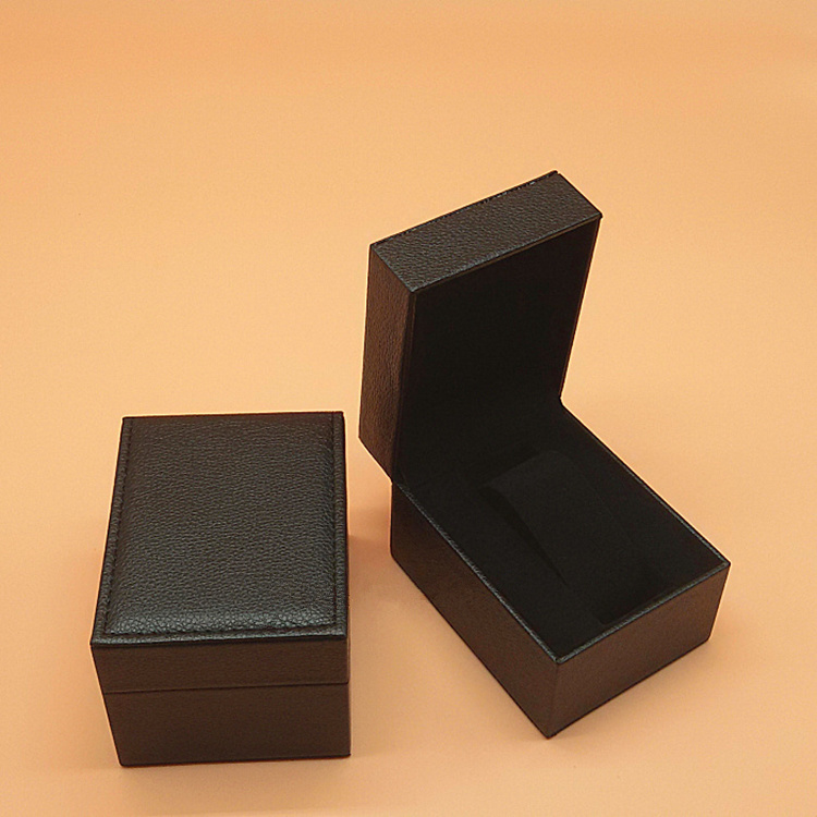 Leather Gift Box B085