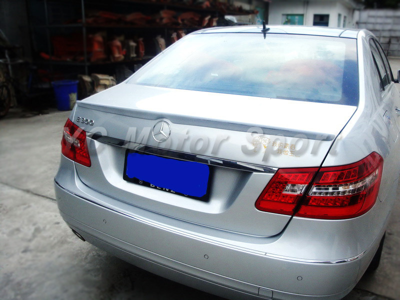 Car Accessories FRP Fiber Glass LRS Style Trunk Spoiler Fit For 2010-2015 MB W212 E-Class 4D Rear Spoiler Trunk Wing