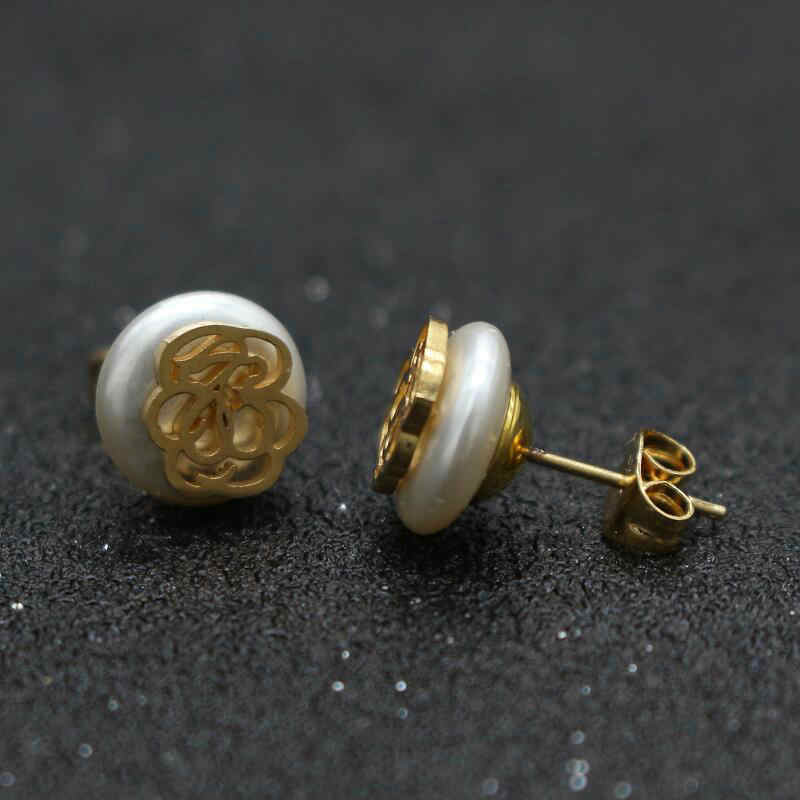 Cute Bear New Noble Design Women Stud Earrings Stainless Steel Flower Imitation Pearl Earrings for Women Wedding Jewelry Gift