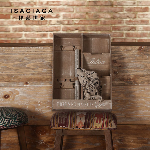 Isa Family Li Teer Birch Mail Linked To American Country Living Room