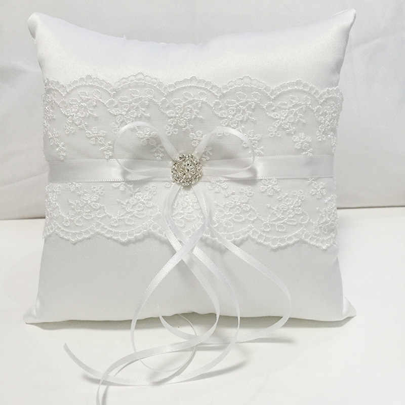 White Lace Wedding Ring Pillow Coussin Alliance Bridal Ring Bearer Pillow Cushions Wedding Marriage Ceremony Decorations 18x18cm