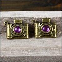 Freies Verschiffen 50 Stücke Vintage-legierung Bezaubert Lila Rhinestone Gepflasterte Bronze Einzigartige Kamera Form Halskette Armband Anhänger Charme