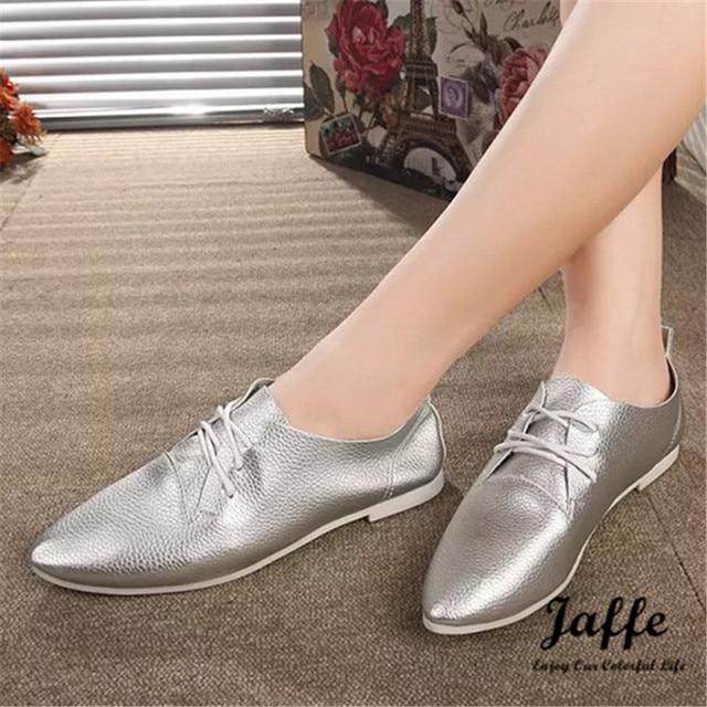 Das mulheres de venda quentes Flats Lace Up bico fino de couro sintético prata oxfords mulheres Casual Comfort Shoes Ladies atacado