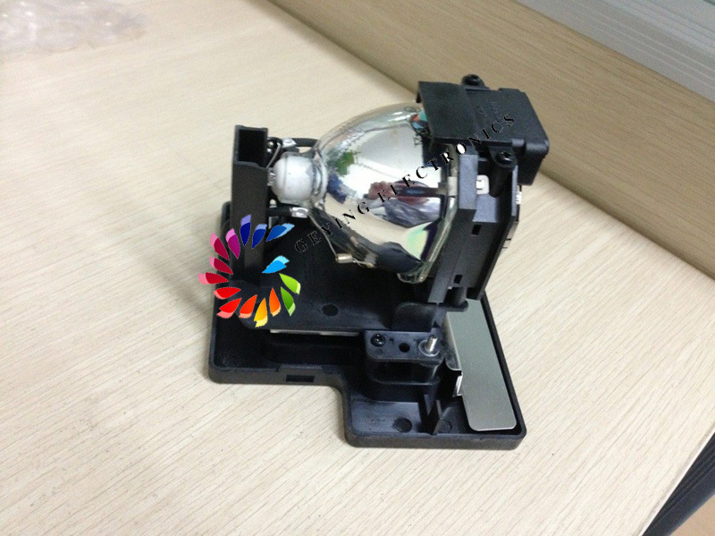 free shipping Projector lamp ET-LAE1000  for PT-AE2000 / PT-AE2000U / AE3000 / PT-AE3000E / AE3000U / TH-AE1000 / TH-AE3000 pt ae1000 pt ae2000 pt ae3000 projector lamp bulb et lae1000 for panasonic high quality totally new