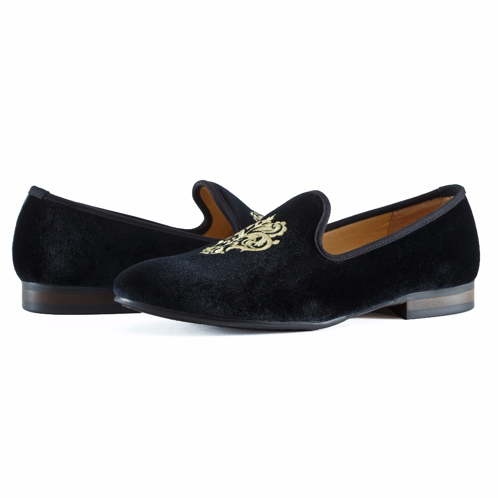 Купить с кэшбэком New Fashion Men Velvet Loafers Prom Shoes Slip-on Men's Flats Smoking Slippers Embroidery Party and Wedding Loafer Size US 7-13