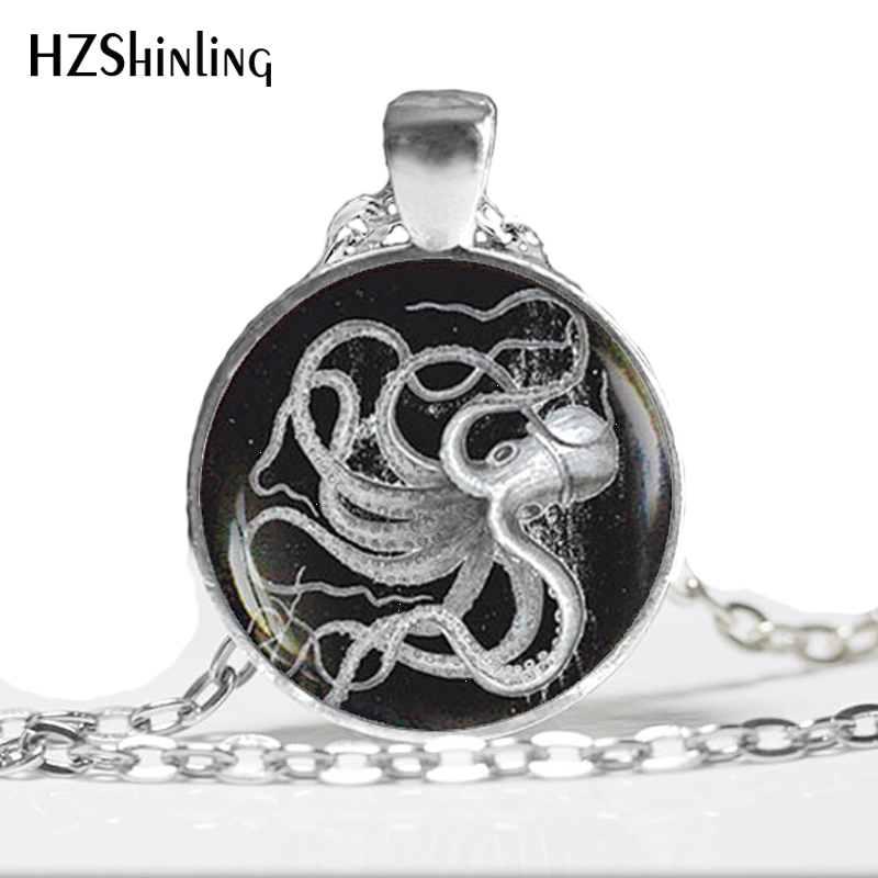HZ--A537 New Vintage Octopus Necklace Octopus Pendant Glass Animal Jewelry Glass Dome Necklace Vintage HZ1