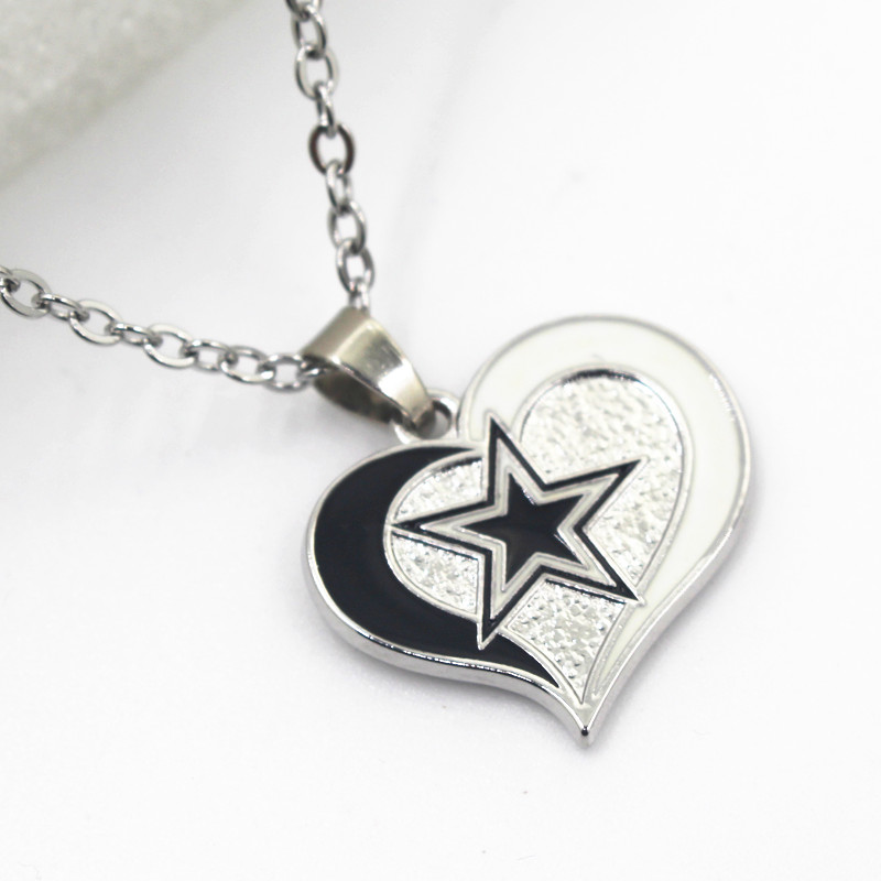 New style 10pcslot heart alloy pendant dallas cowboys football new style 10pcslot heart alloy pendant dallas cowboys football sports team with 50cm stainless steel chains for diy jewelty in charms from jewelry aloadofball