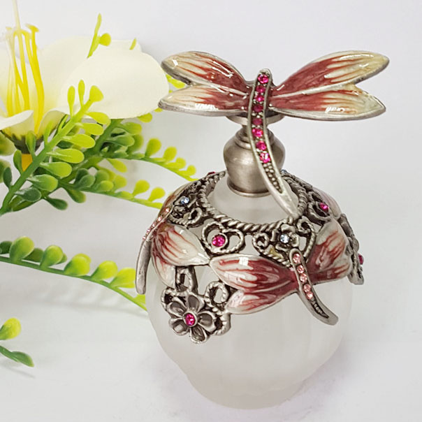 30ml Perfume Essential Oil Vintage Empty Refillable Bottle Graven Metal Dragonfly Glass Container Gift Home Decoration#56522 2pcslot 15ml cc hollow out copper color middle east essential bottle for oils perfume empty glass bottle for wedding decor