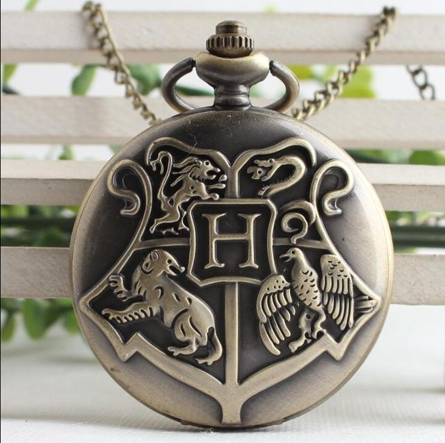 Hogwarts School Badge Harry Potter Pocket Watch Men and woman watches