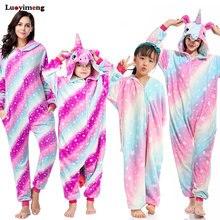 e60aef5961 Kigurumi niños las mujeres unicornio pijama Unisex parejas una pieza de  dibujos animados traje Cosplay Animal Onesie adulto pija.
