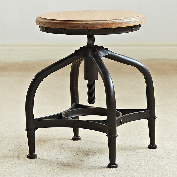 Charmant Minimalist Loft Old Pine Furniture , Wrought Iron Bar Stools Rotating  Adjustable Height Stool To Do The Old Bar Chair In Bar Chairs From  Furniture On ...