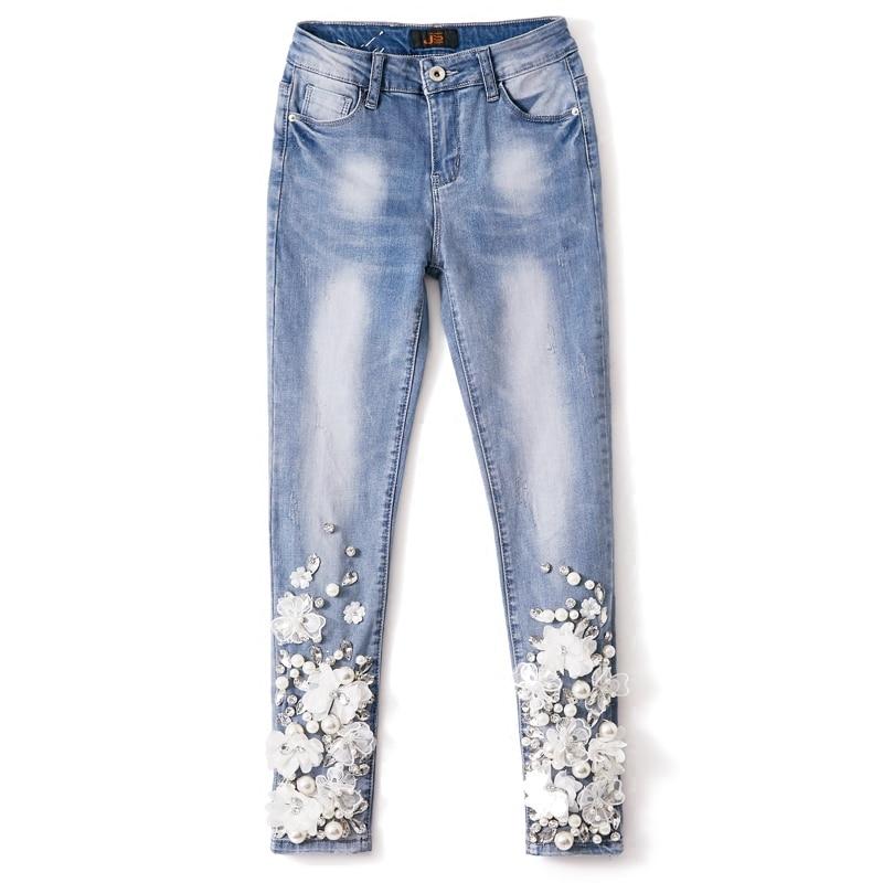 Koronki kwiat spodnie Skinny Denim dżinsy kobieta ołówek spodnie diamentowe frezowanie Patchwork spodnie dla kobiet w Dżinsy od Odzież damska na  Grupa 1
