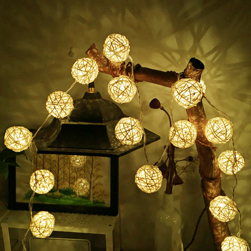 2 M 5 M Bola de ratán LED String Light Holiday Fairy Light blanco cálido para la fiesta de boda Decoración Luces de Navidad Garland al aire libre
