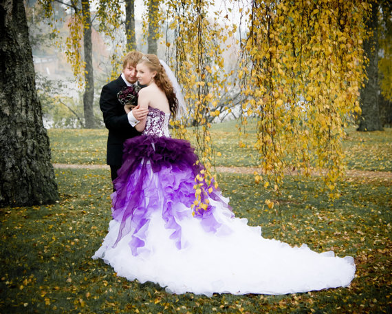 Gothic White And Purple Wedding Dresses Plus Size Long Train Bridal Gowns Robe De Mariage 2017 Custom Vestido Noiva In From