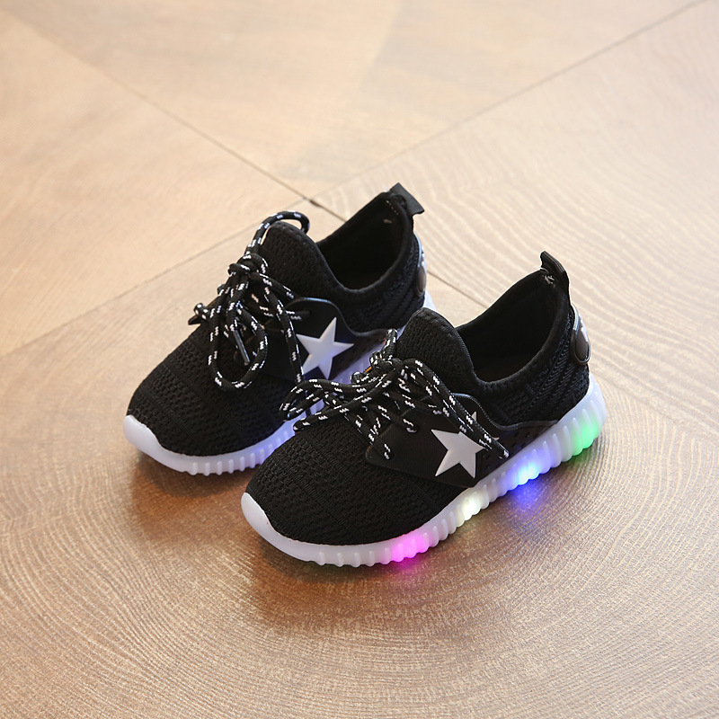 2018 New high quality Lace up LED lighted baby toddlers European All seasons glowing baby sneakers rubber cool girls boys shoes