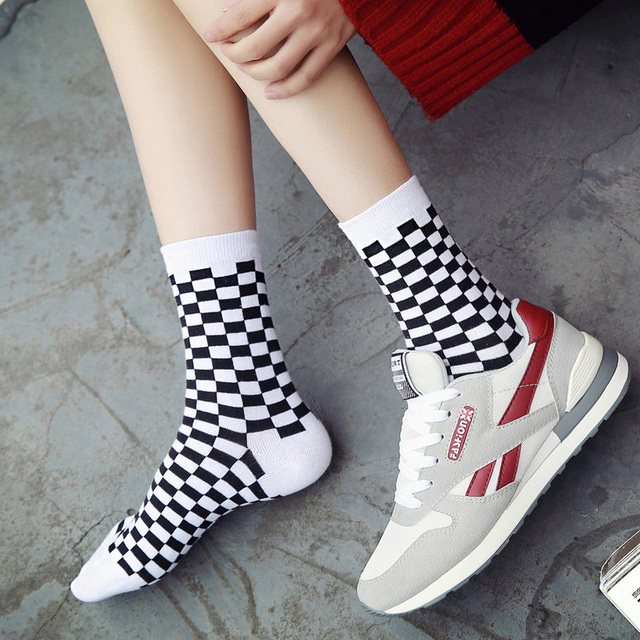 Korea Funky Trend Checkerboard Geometric Checkered Socks 2
