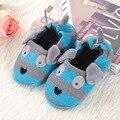 Lindo Animal de la Historieta Niños Zapatillas Niños Zapatos Caseros Para Niños Niñas Dormitorio Interior Bebé Caliente Del Algodón Del Invierno Zapatilla Pisos Blandos