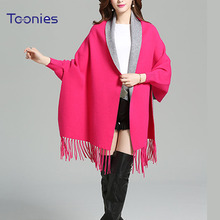 2017 Fashion Women Cloak Coat Female One Size Knitted Wool Patchwork Batwing Poncho Cape Outwear Feminino Long Sleeve Tassel Top(China)
