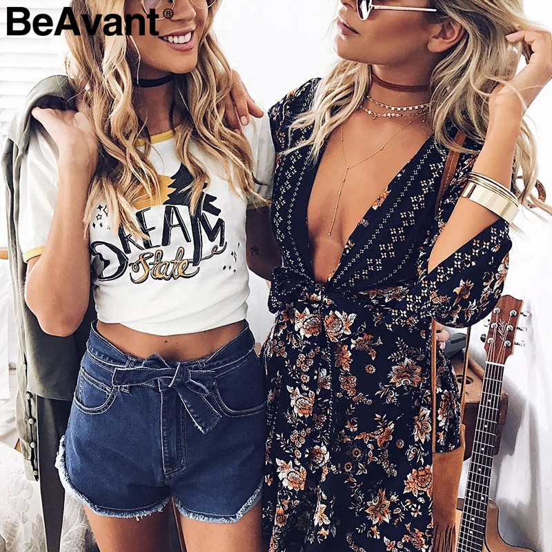BeAvant High waist elastic bow denim shorts Women tassel button fringe blue shorts female Casual pocket summer jeans shorts 2018 2