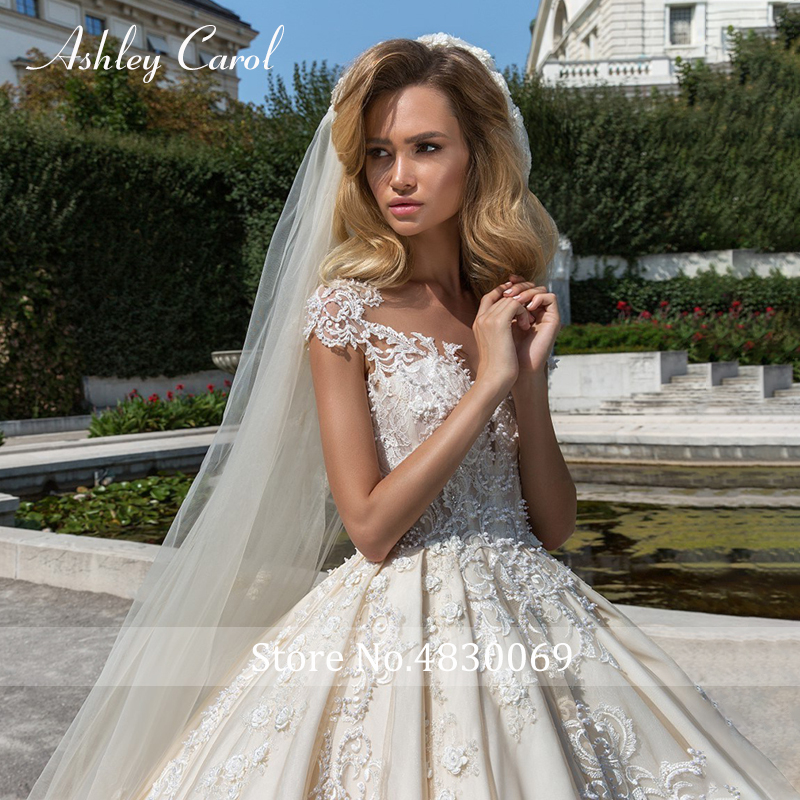 Image 4 - Ashley Carol Short A Line Wedding Dresses 2020 Sweetheart Luxury Beaded Appliques Button Princess Bride Cathedral Bridal GownsWedding Dresses   -