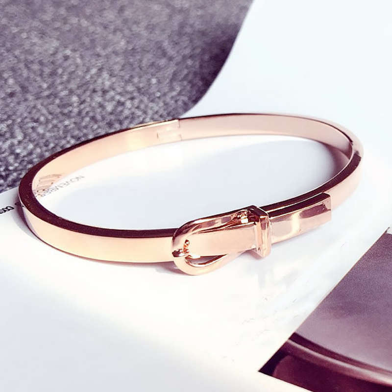 Fashion Expandable Wire Open Bangle Bracelet Manchette Women Carter Love Belt Cuff Bracelets Snap Button Jewelry Stainless Steel