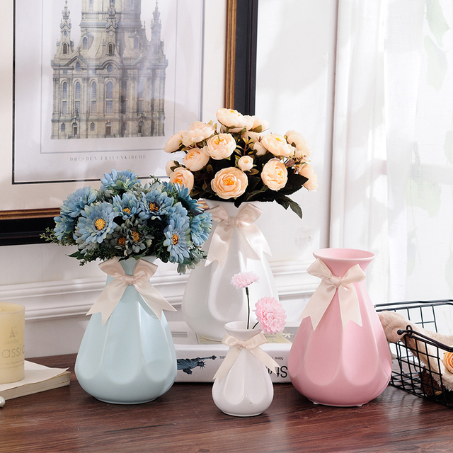 White Ceramic Vase Ornaments Home Furnishing European Style Living