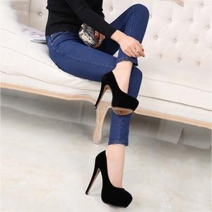 Image 3 - MAIERNISI Super High Heels Schuhe Flock Plattform Schuhe Mit Hohen Absätzen Pumpen Frauen Nachtclub Dünne Ferse Sexy Plus Große Größe 14cm High Heels