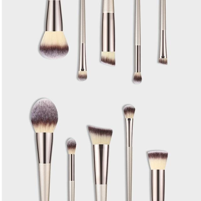 1PC Makeup Brushes Foundation Powder Blush Eyeshadow Concealer Lip Eye Make Up Brush Cosmetics For Face Beauty Make-up Tools New 1