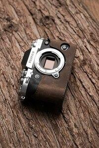 Image 4 - فوجي X T3 XT3 كاميرا Mr. Stone اليدوية جلد طبيعي كاميرا فيديو نصف حقيبة كاميرا ارتداءها