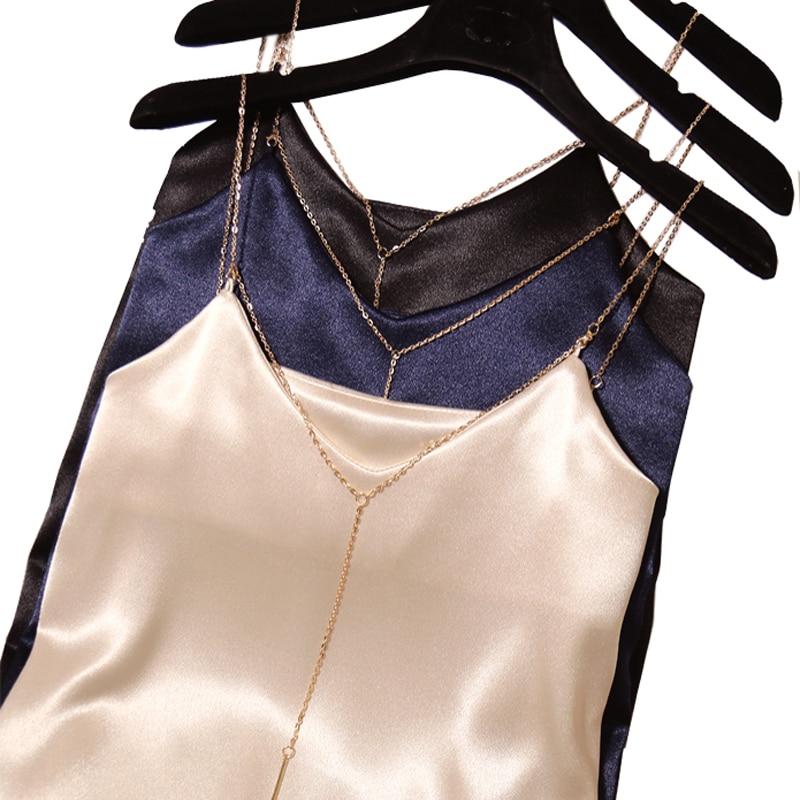 Neue Ankunft Sommer Frauen Mode Sexy V Low Cut Grosgrain Metall Streifen Kurze Solide Crop Top Weibliche Strand Club Colar