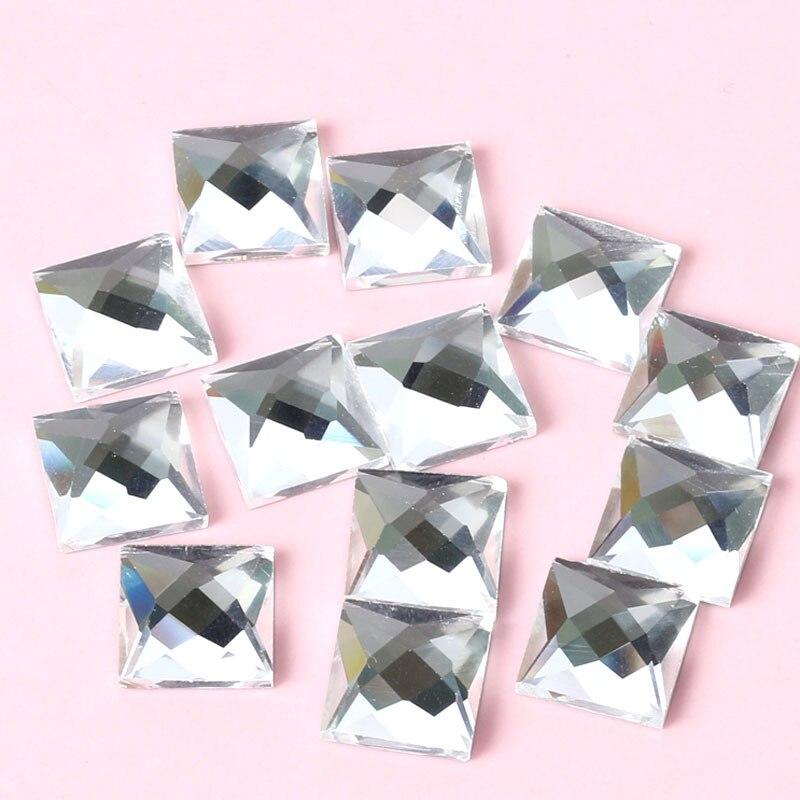2018 Az új Super csillogó fehér négyzet alakú síkkötésű üvegkristályos strasszok a DIY Watch Dekorációra és az esküvői ruhare vonatkoznak