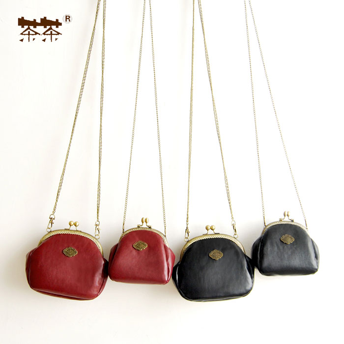 Princess sweet lolita bag Original port retro satchel Vintage ancient Bag Mini autumn and winter Joker gold bag women CC136 vintage engraving and fringe design women s satchel