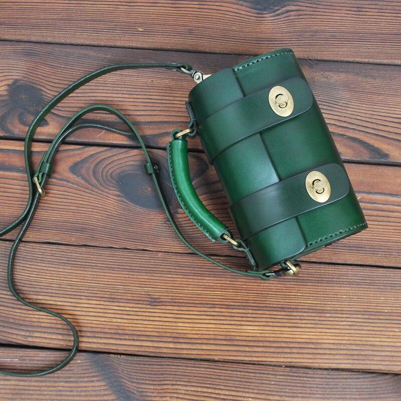 AETOO Original artesanal de couro retro mini saco Do Mensageiro saco de cabeça redonda pequena do couro tannage bolsa das senhoras - 3