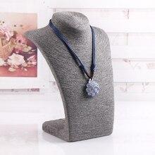 Alta Calidad Maniquí Display Stand Collar Colgantes Cuello Busto Showcase Holder Organizador de La Joyería Collar Colgante Estante
