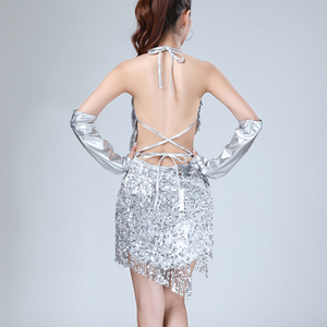 Image 5 - Shiny Sexy Vrouwen Sequin Fringe Jurk Zomer Raves Festivals Outfit V hals Backless Lace up Mini Party Jurk met Handschoenen